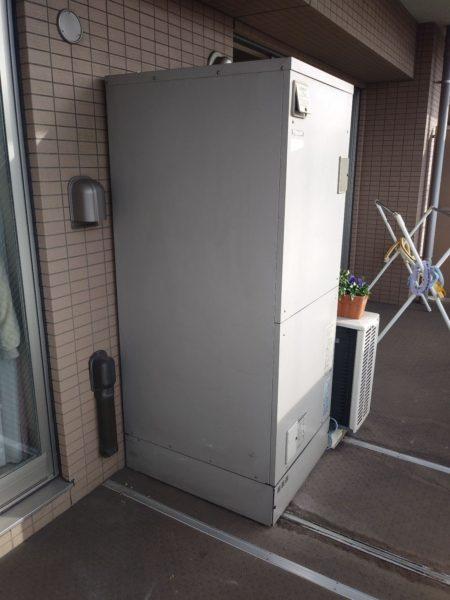 大阪府吹田市で電気温水器⇒エコキュート交換工事 東芝『HPL-2TFB465RAU』→日立『BHP-F46RU』