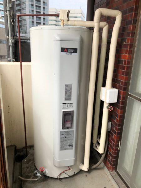大阪府箕面市で電気温水器交換工事 東芝『370L電気温水器』→三菱『SRG-375E』