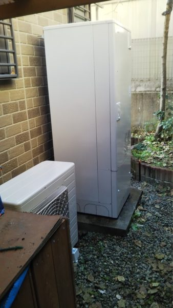 兵庫県川辺郡で電機温水器からエコキュート交換工事 三菱『SRT-4668WFU-BL』→日立『BHP-F37RU』