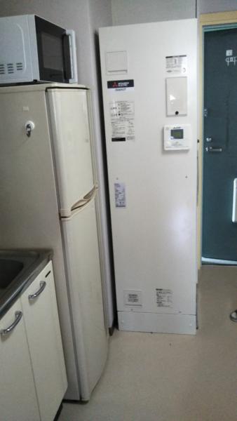 東京都板橋区で電気温水器交換工事 ナショナル『DH-200T1Z』→三菱『SRG-201E-R』