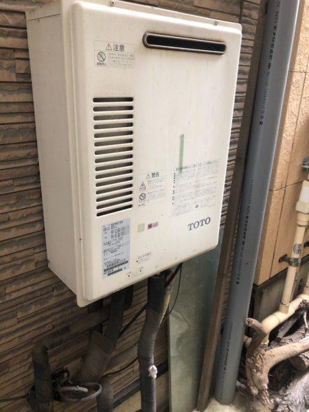 東京都葛飾区でガス給湯器交換工事 東陶『RGE-16KS2』→リンナイ『RUF-A2005SAW』