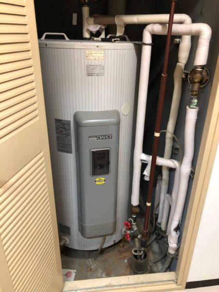 茨城県牛久市で電気温水器交換工事 三菱『SRG-3043M』→三菱『SRG-305E』